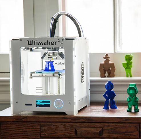 Ultimaker 2 Go hordozható, műanyag szálolvasztásos 3D nyomtató